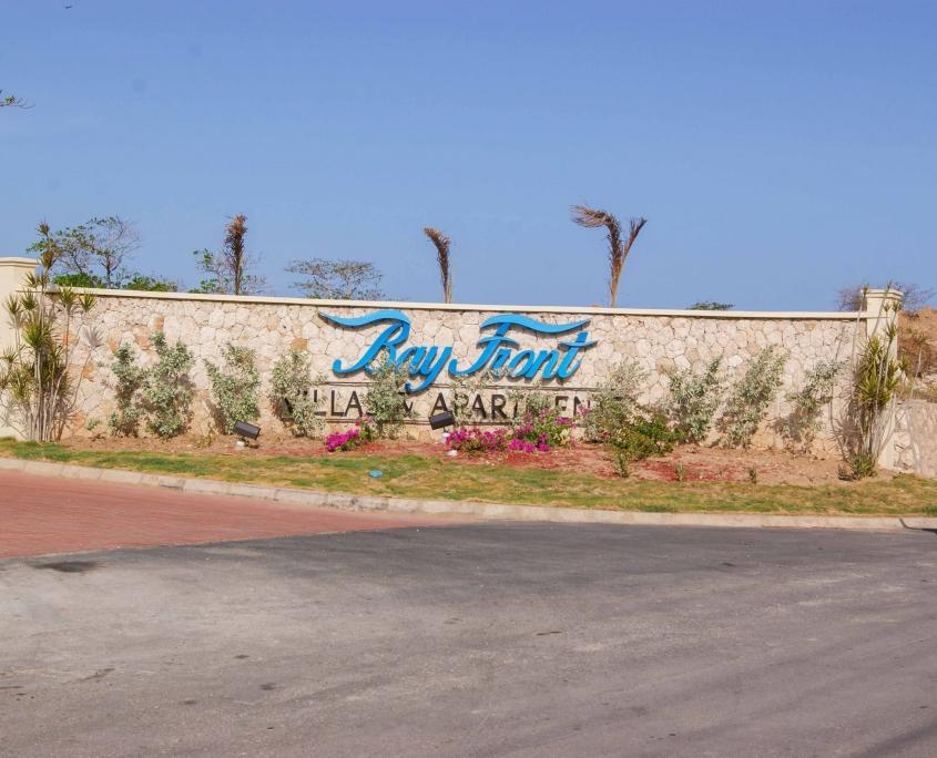 DSC02241 1 845x684 - Bay Front Villas & Apartment
