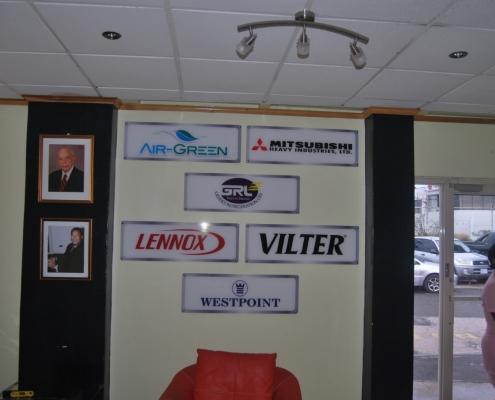 acrylic 495x400 - Non-Illuminated Signs