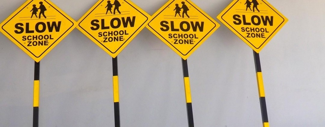 create safer roads and parking lots using high-quality traffic and parking signs
